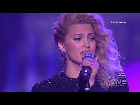 [HD] Tori Kelly - Help Us To Love (ft. The Hamiltones) LIVE | The Stellar Awards 2018