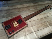 Hobo63 fretless bass.