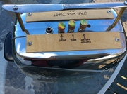 toaster amp top