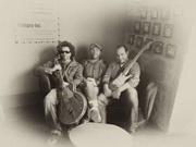 MÚSICA: Flat Broke Trio