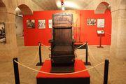 EXPOSIÇÕES: Máquinas de Tortura