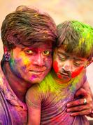 The intense colors of H O L I
