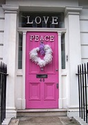 lovepeacedoor_1
