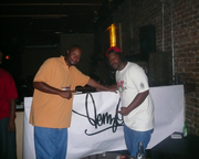Denz (grafiti artist) & Terron