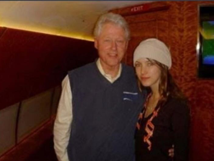 Bill Clinton with an Underage Girl Named Rachel Chandler on the âLolita Expressâ â Private Jet Owned by Convicted Billionaire Pedophile Jeffery Epstein