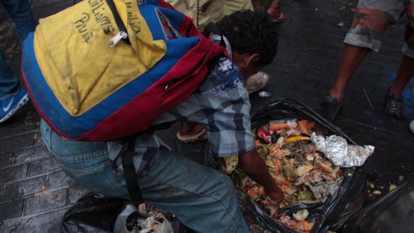 Venezuela: Free Garbage Socialist Buffet
