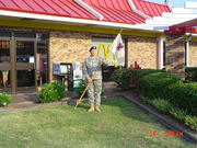 DALLAS RAY AT ANNISTON MC DONALD'S GIVING THEM AN AWARD