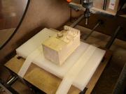 Bloco de madeira fresado