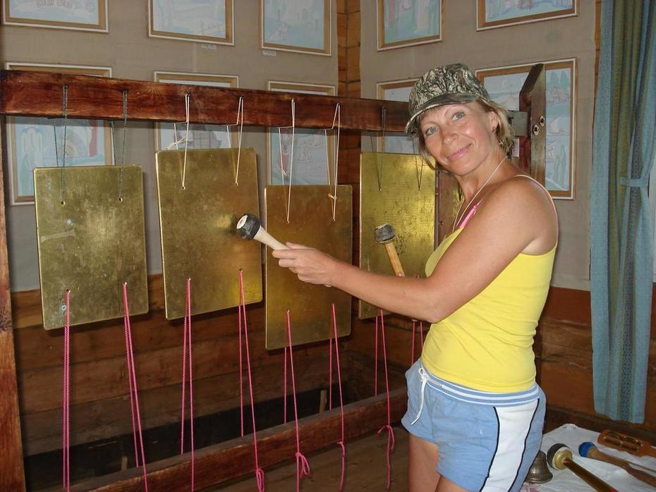 В музее Солнца учусь играть на Биллах