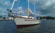 Kittywake at anchor in Backcreek, Solomans Island