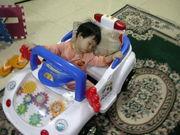 น้องเฟมจะนอนยากมาก คุณพ่อต้องจับใส่รถแล้วแล่นไปจนหลับ