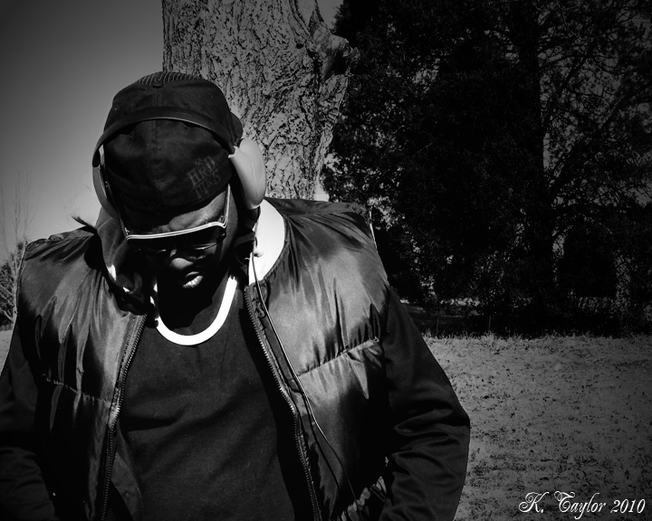 DJ-S BLACK&WHITE