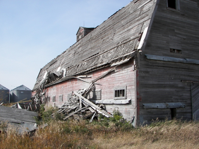 Hill Horse barn south side