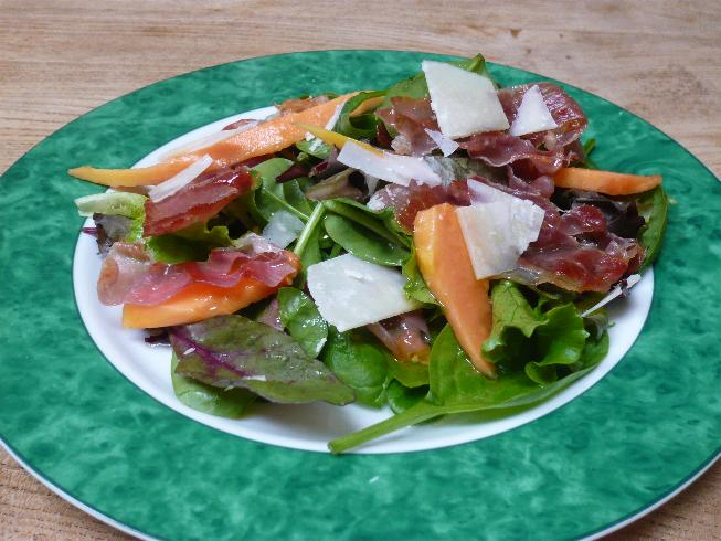 Crispy parma ham and papaya salad with an elderflower dressing