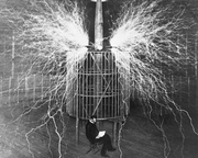 nikola-tesla-at-wardenclyffe