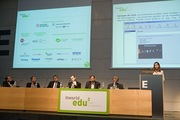 Ana María Gil presentando las soluciones de FARONICS en ITWORLDEDU