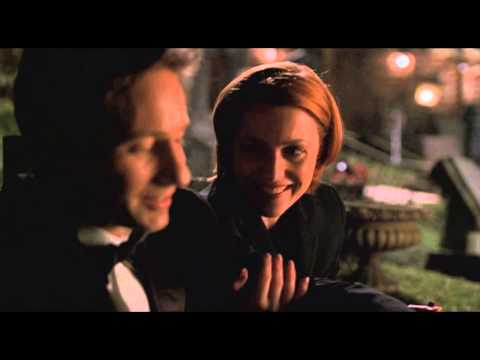 The legendary looks between Mulder and Scully