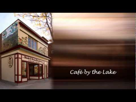 Birds & Beans Café-by-the-Lake Spot