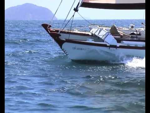 WaveDancer sailing