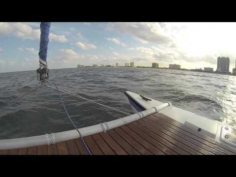 BoatSmith Sails Tiki 8m to Islamorada