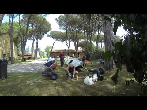 Tiki 21 painting assembling launching Lake Massaciuccoli_2014