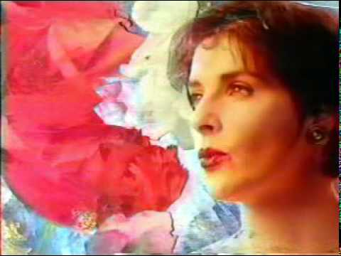 Orinoco Flow - Enya *NICE QUALITY* Twitter: @rodsmuller