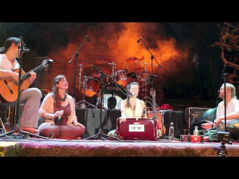 Vento - Peia Live at Bali Spirit Fest 2014