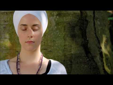 Guru Guru Waheguru • Bibi Nirinjan Kaur