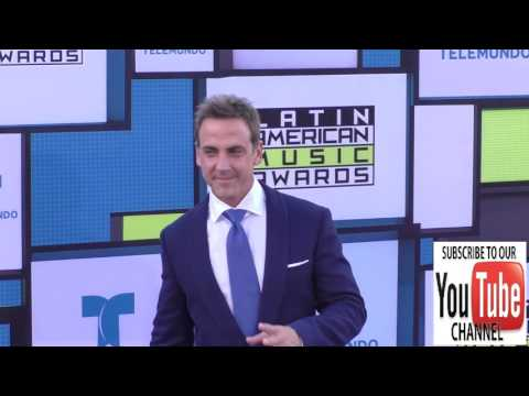 Carlos Ponce at the 2016 Latin American Music Awards at Dolby Theatre in Hollywood