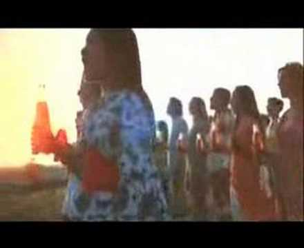 可口可樂 1970s 經典廣告--「I'd Like To Teach The World To Sing」