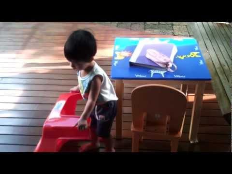 น้องบุ๋น 2.1 ขวบ เริ่มคุยกับป้าแบบเด็กสองภาษา