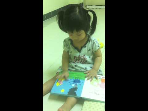 "Reading ""My Mummy"" - Peppa Pig"