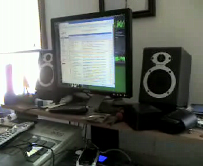 """THE SETTING UP VIDEO'S OF """"M.C. WAR FLATTOP"""" & """"FUNKTATION"""" IN THA STUDIO Pt.2"""