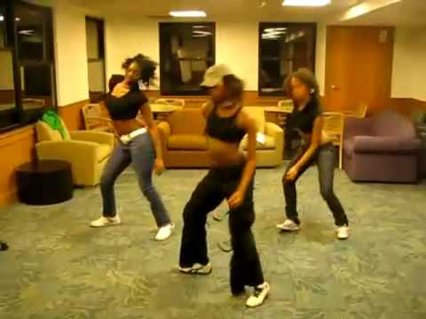 Hot Girls Dancing