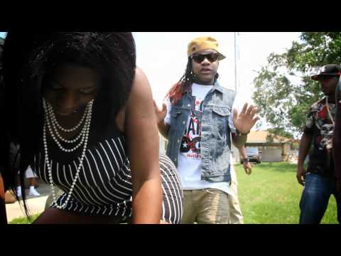 Lil Chuckee ft. 10th Ward Buck, Detroit & Kelz -- She Got It