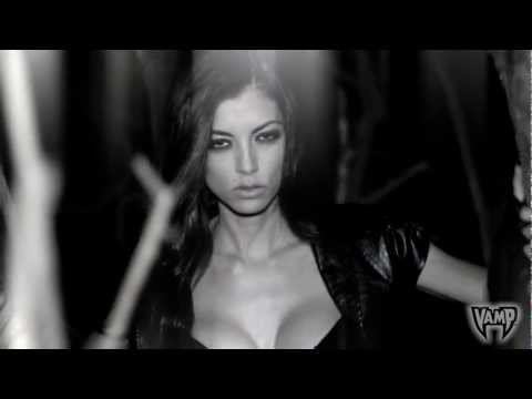 "LeeAnna Vamp ""Your Best Nightmare"" w/ Sizzy Rocket - XX's Over My Eyes"