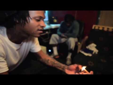 Slim 400 feat.B Boy & Lil A-Rep the gang prod. by Street's & Trickey