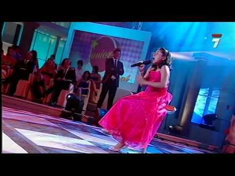 Maria Belen Silva - Hurt niña cantante de Riobamba