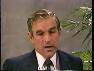 Ron Paul interview 1988 the first interview on public television exposing the NWO