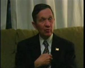 Dennis Kucinich pushing for Ron Paul as his running mate in his Bipartisan 2007 campaign