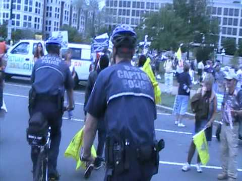 Don't Tread On Me! - Booting ACORN from 9/12 DC rally