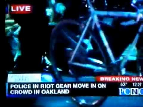 G20 Protest: Girl Throws Bike At Police & Live Arrest On TV g-20