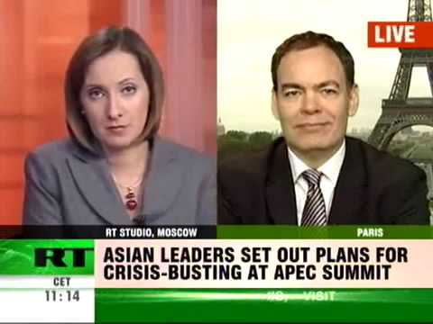 Max Keiser on Dollar-Buffet's Toilet Paper Opium For China