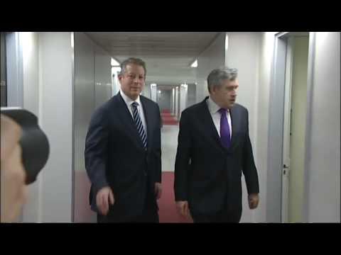 Al Gore Gordon Brown get lost at climate change summit