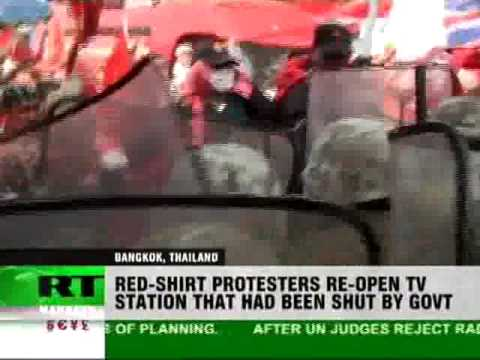 Thai protesters storm TV station in Bangkok