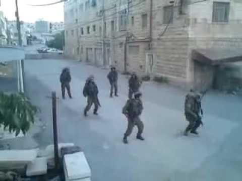 Israeli Soldiers dancing (lol)
