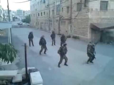 Israeli Soldiers dancing (lol)