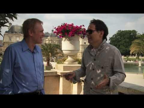 Buy Silver & Gold! (and CRASH JP MORGAN!) Max Keiser & Mike Maloney In Paris (1/3)