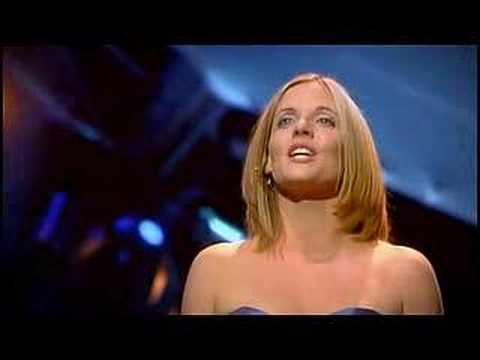 Celtic Woman - Jesu Joy of Man's Desiring (live)