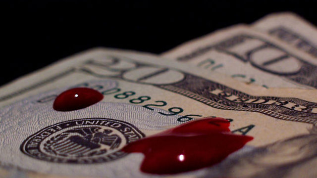 ECONOMIC CRISIS: THE BLOODFATHERS GOLDMAN SACHS - DEUTSCHE BANK - JP MORGAN